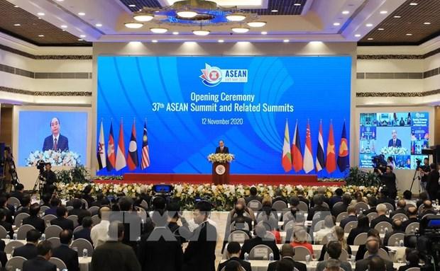 Le Vietnam acheve avec succes sa presidence de l'ASEAN 2020, selon un expert japonais hinh anh 2