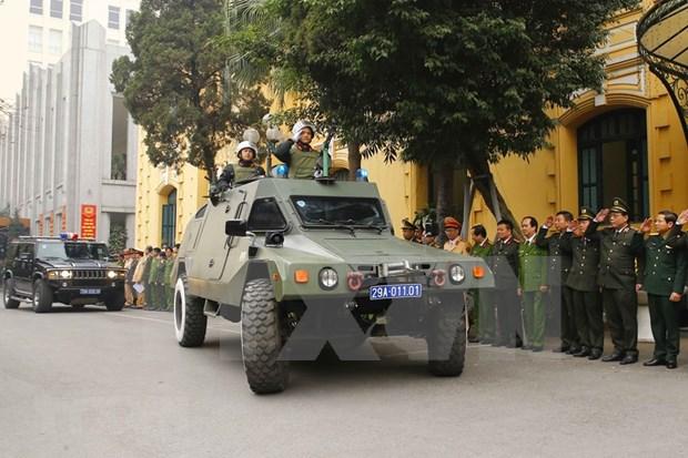 La police de Hanoi met en œuvre des plans pour assurer la securite du congres du Parti hinh anh 2