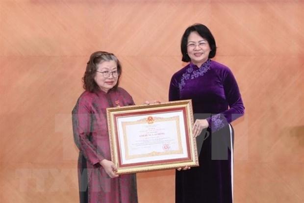 Une chercheuse specialiste des vaccins a l'honneur hinh anh 1