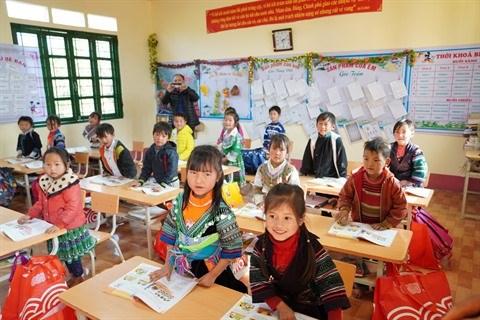 De nouvelles salles de classe pour les enfants de minorites ethniques hinh anh 1