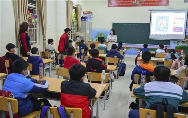 Retour a l'ecole des eleves de 52 villes et provinces hinh anh 1