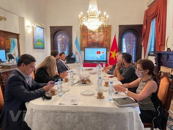 Presentation de la situation du Vietnam a la presse argentine hinh anh 2