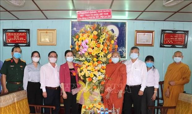 Une delegation du FPV rend visite a des bouddhistes a Can Tho hinh anh 1