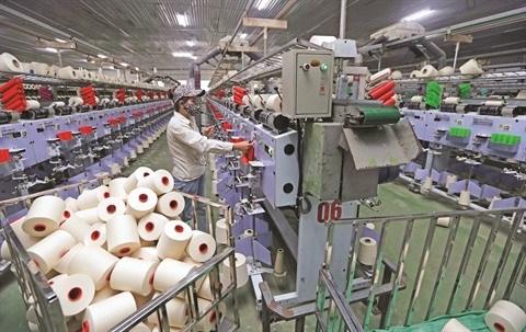 Le secteur textile s'adapte bien aux defis de la pandemie hinh anh 1