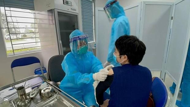 COVID-19: Hanoi necessite plus de 1.000 milliards de dongs pour vacciner tous ses habitants hinh anh 1