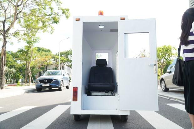 L'Ecole polytechnique de Da Nang invente une cabine transportant des patients du COVID-19 hinh anh 2