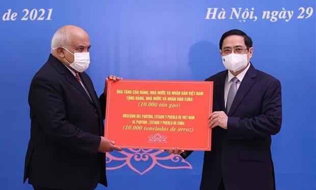 Le Premier ministre Pham Minh Chinh recoit l'ambassadeur de Cuba hinh anh 2