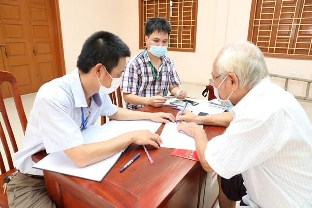 Pres de 3 millions de personnes et de foyers a Hanoi recoivent une aide sociale hinh anh 1