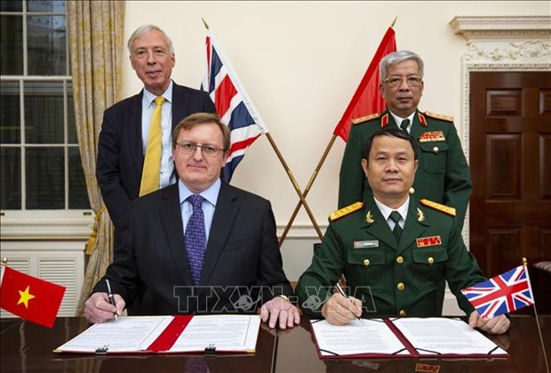 La cooperation de defense Vietnam-Royaume-Uni contribue a consolider la paix et la stabilite hinh anh 1