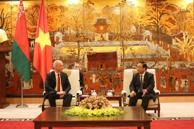 Hanoi et Minsk promeuvent leur cooperation pour la periode 2019-2020 hinh anh 1