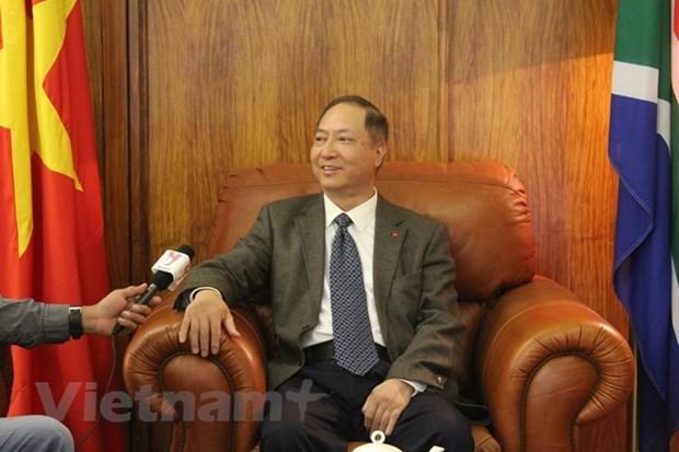 Vietnam et Afrique du Sud se soutiennent sur la base des bonnes relations politiques hinh anh 1