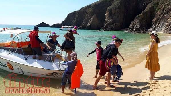 Binh Dinh accueille 4 millions de touristes en 2018 hinh anh 1