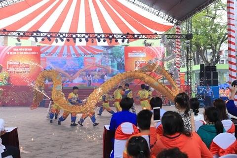 Cloture du Festival de danse des licornes-lions-dragons hinh anh 2