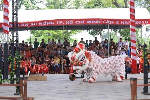 Cloture du Festival de danse des licornes-lions-dragons hinh anh 1