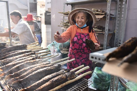 Des milliers de Vietnamiens fetent le Dieu de la Richesse hinh anh 2