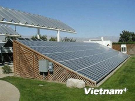 Quang Tri promeut l'energie eolienne et solaire hinh anh 1