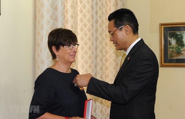L'ancienne ambassadrice belge au Vietnam a l'honneur hinh anh 1