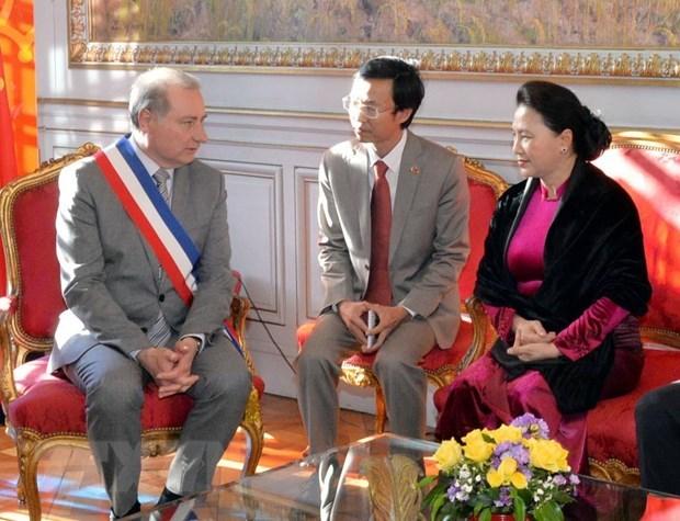 Vietnam et France estiment la cooperation decentralisee hinh anh 1
