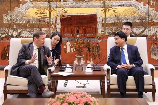 Hanoi renforce sa cooperation dans l'education avec le Royaume-Uni hinh anh 1