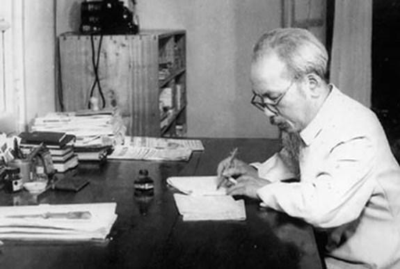 Testament du President Ho Chi Minh: valeur historique et signification pour la revolution hinh anh 2