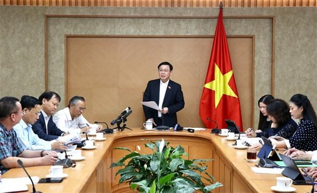 Le gouvernement assurera la stabilite du marche pour les derniers mois hinh anh 1