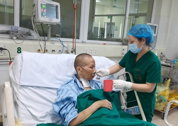 COVID-19 : le 19e patient, l'un des plus graves cas, sera declare gueri hinh anh 1