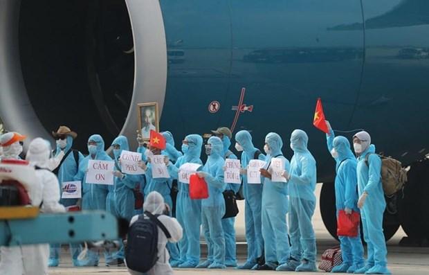 37 heures sur le vol amenant des citoyens vietnamiens de Guinee equatoriale au pays hinh anh 1
