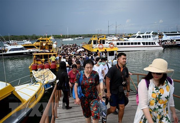 L'Indonesie reporte son plan de rouvrir le «paradis touristique» de Bali hinh anh 1