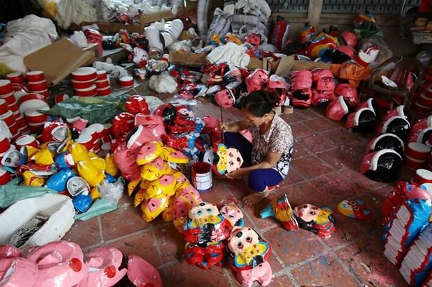 Les jouets traditionnels de la fete de la mi-automne de plus en plus prisee hinh anh 1