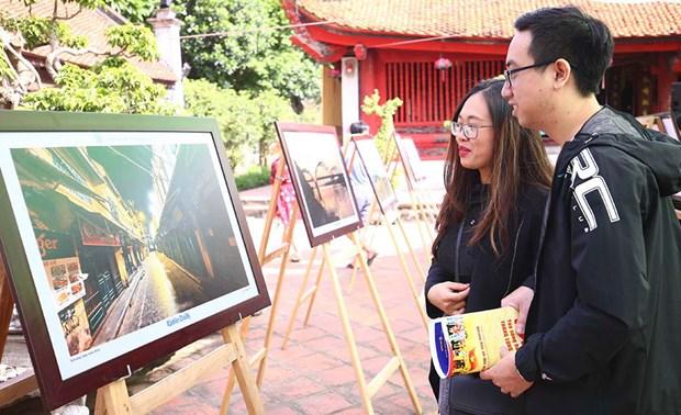 Exposition de 70 photos a «Hanoi en moi» hinh anh 1