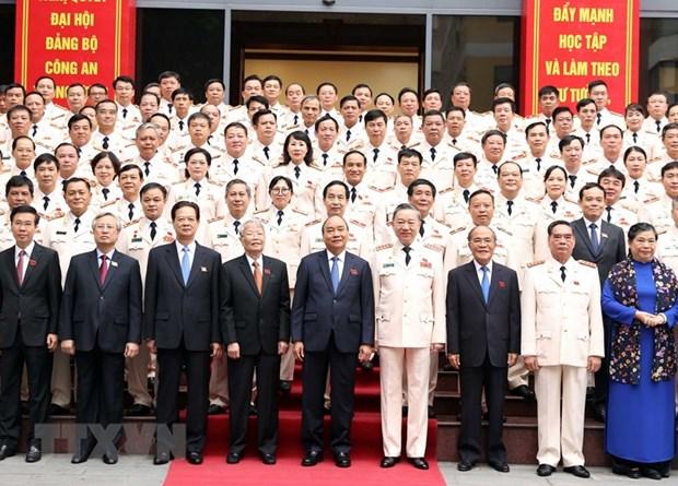 Ouverture du 7e congres du Comite central du Parti communiste du Vietnam pour la Police hinh anh 1