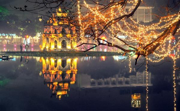 L'atmosphere de Noel s'empare Hanoi hinh anh 3