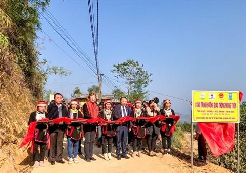 COVID-19 : soutenir les minorites ethniques de Ha Giang hinh anh 1