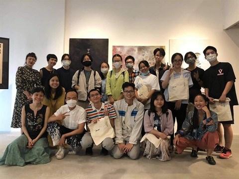 Ho Chi Minh-Ville ; La classe CaRo et son aventure des arts contemporains hinh anh 1