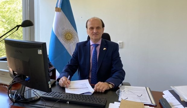 Argentina quiere establecer una alianza estratégica con Vietnam hinh anh 1