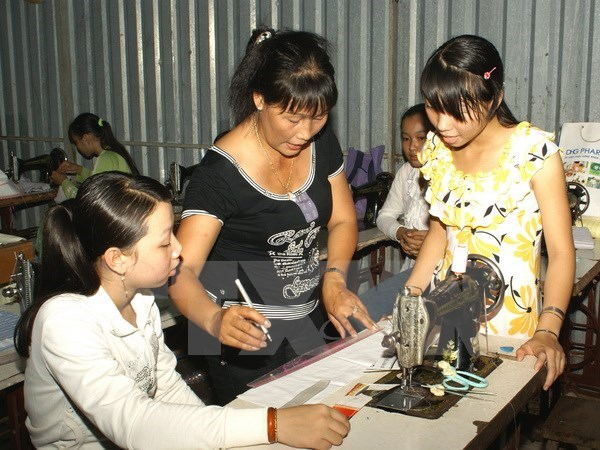 La R. de Coree soutient la formation professionnelle pour les femmes hinh anh 1