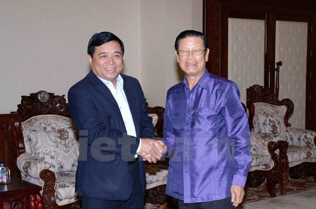 Une delegation du ministere vietnamien du Plan et de l'Investissement au Laos hinh anh 1