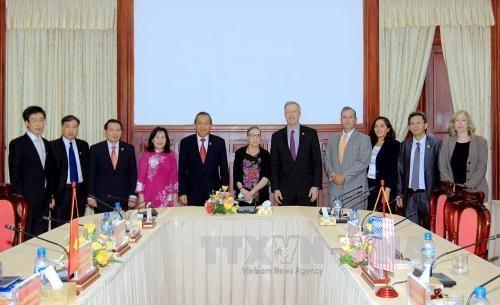 Vietnam et Etats-Unis renforcent la cooperation entre leurs Cours supremes hinh anh 1