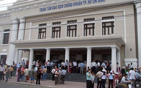 Les investisseurs etrangers confiants dans les perspectives du marche boursier vietnamien hinh anh 1