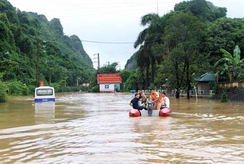 Crues : soutien aux sinistres de Quang Ninh et de Dien Bien hinh anh 1