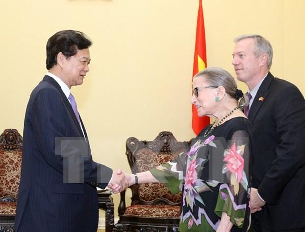 Le PM Nguyen Tan Dung recoit la juge de la Cour supreme des Etats-Unis hinh anh 1