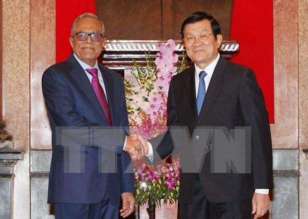 Entretien entre les deux presidents vietnamien et bangladais hinh anh 1