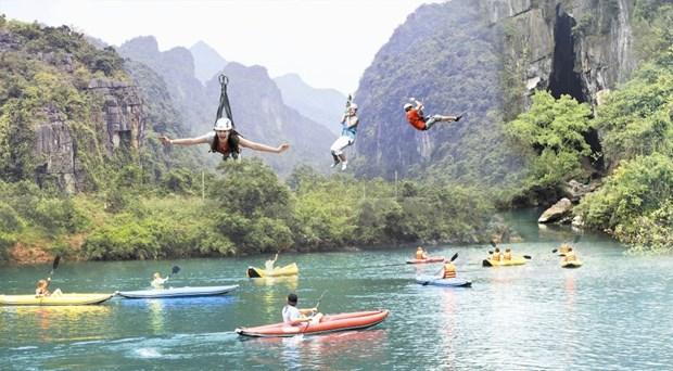 Semaine de la decouverte de la beaute des grottes de Quang Binh hinh anh 2