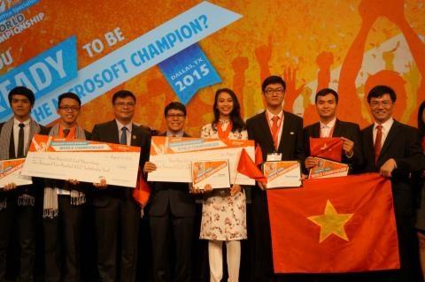 Informatique : une medaille de bronze pour le Vietnam au MOSWC 2015 hinh anh 1