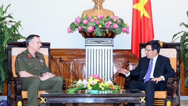 Pham Binh Minh recoit le chef de la force de defense de la Nouvelle-Zelande hinh anh 1