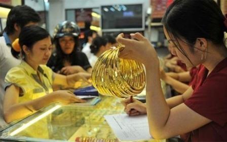 Pres de 14,5 tonnes d'or consommees au Vietnam au 2e trimestre hinh anh 1