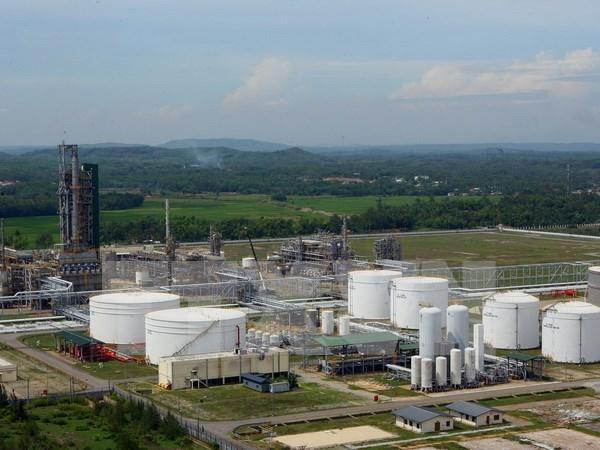 Acceleration de la mise en oeuvre du projet d'agrandissement de la raffinerie de Dung Quat hinh anh 1