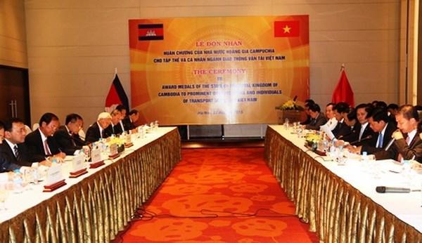 Communications et Transports: Vietnam et Cambodge resserrent leur cooperation hinh anh 1