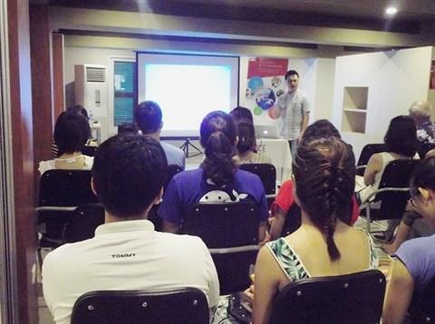 L'avenir du journalisme a l'ere numerique en conference a Hanoi hinh anh 1