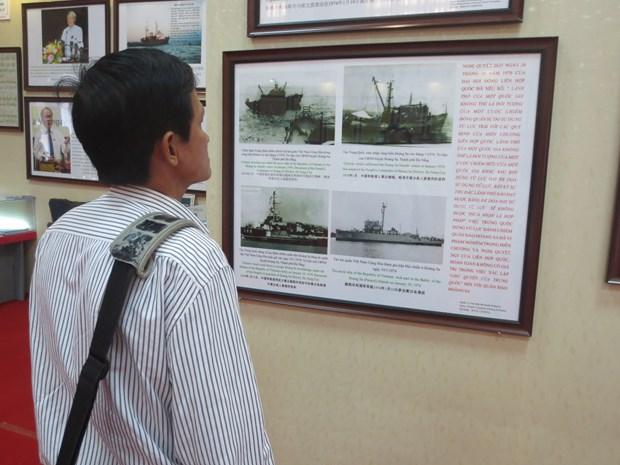 Ouverture d'une exposition sur Hoang Sa et Truong Sa a Vung Tau hinh anh 1